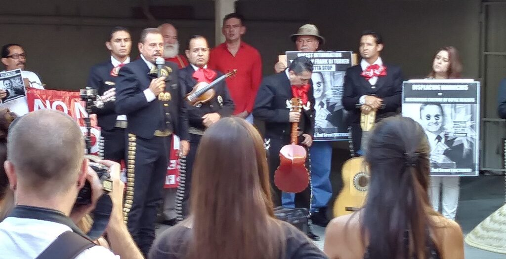 Mariachis Fight Rent Hikes 2017